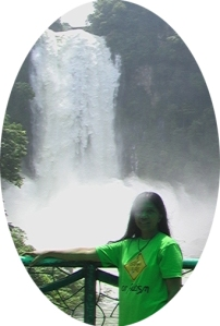 MM in front of Maria Cristina Falls