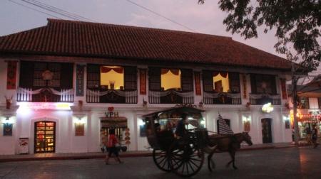 Calle Crisologo12